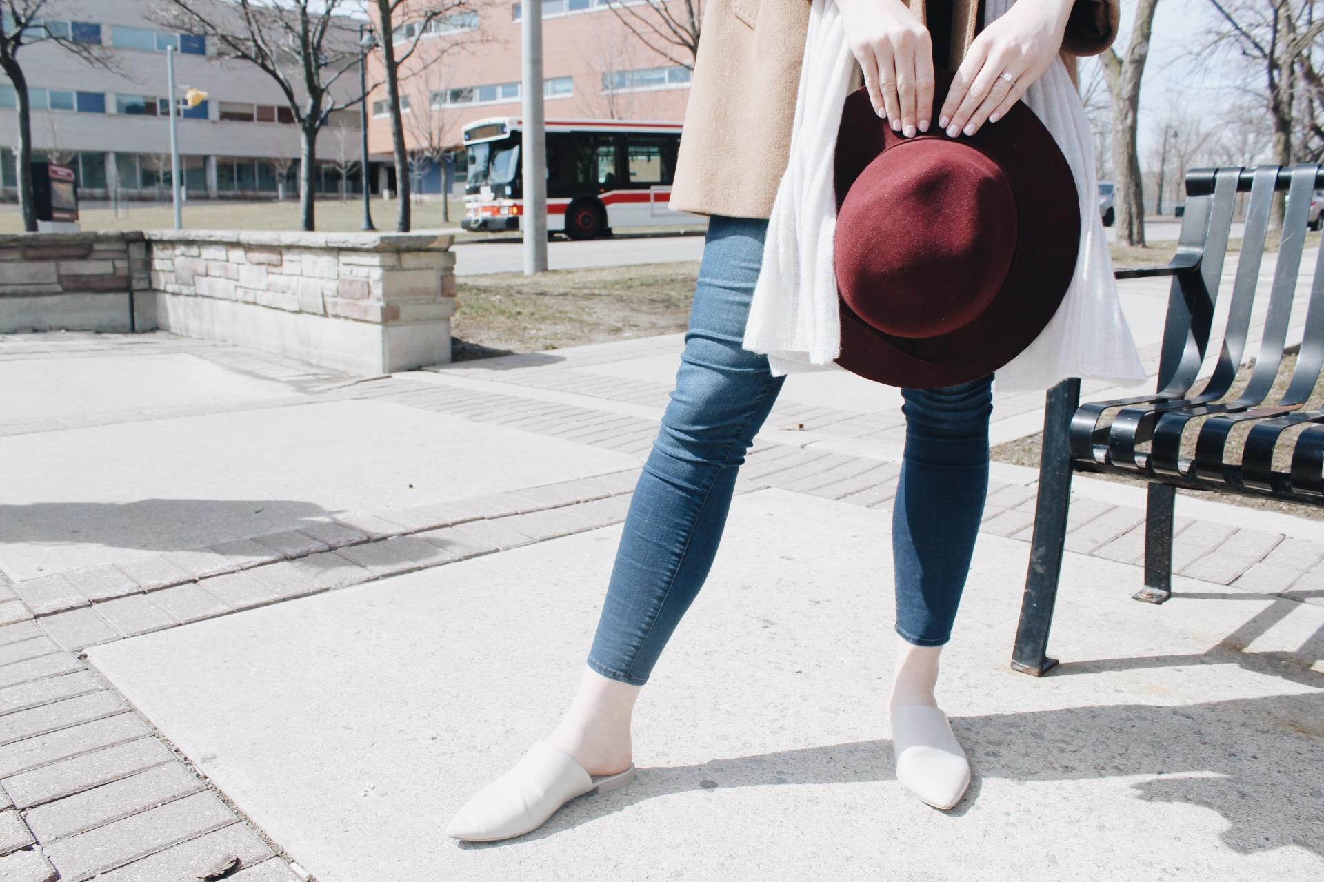 Le chateau burgundy hat, Oak + Fort grey flats, Buffalo jeans, FashionHumber, Fashion, student, streetwear, campus street style, 2017